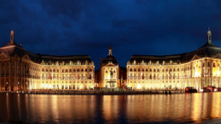 Bordeaux at night